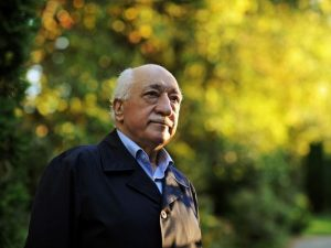 Turkey arrests 1,000 Gulen supporters