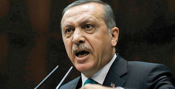 Turkey Expels 3900 Officials